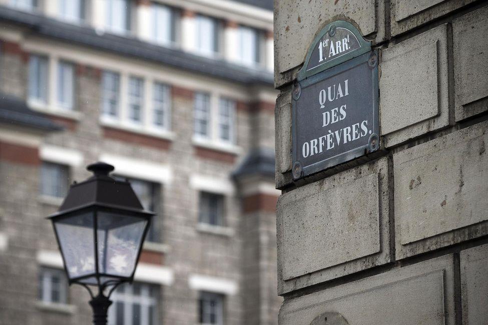 Il Premio Al Giallo Francese Parigi Con Maigret