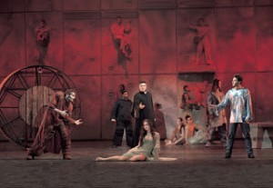 Foto di scena dell'opera moderna Notre Dame de Paris