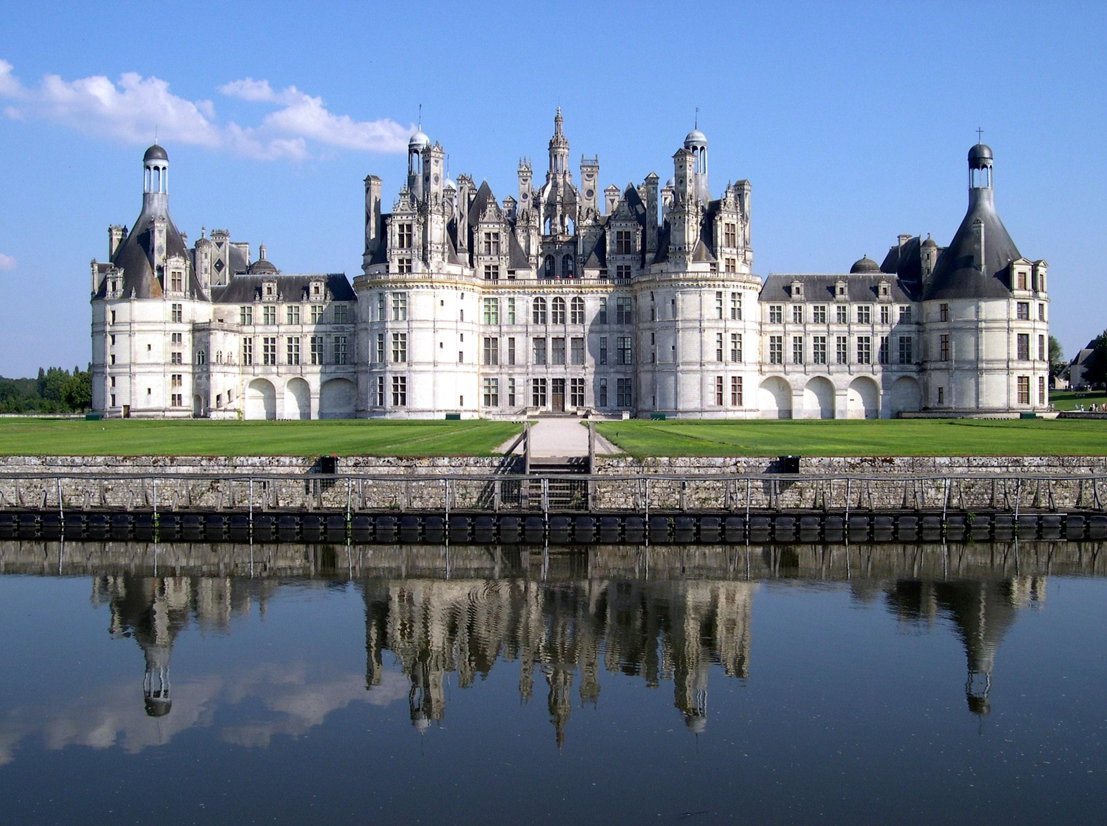 Il magico castello di Chambord sulla Loira.