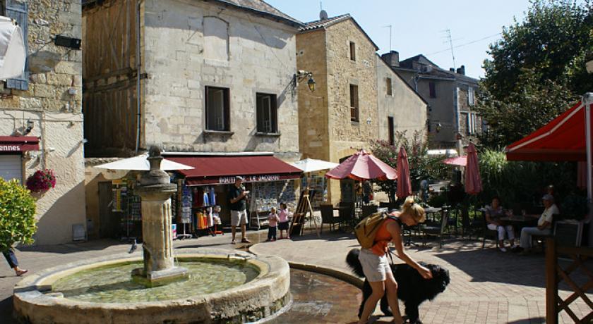 Bergerac: la città di Cyrano e del pazzo di Simenon
