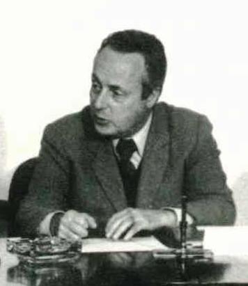 Giorgio Bassani, scrittore e poeta italiano.